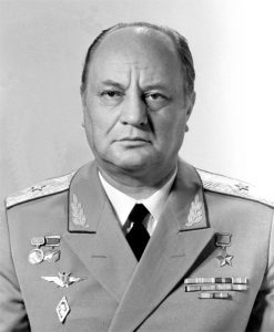 Э.И.Кузнецов