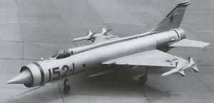 Е-152-1 с макетами ракет К-9
