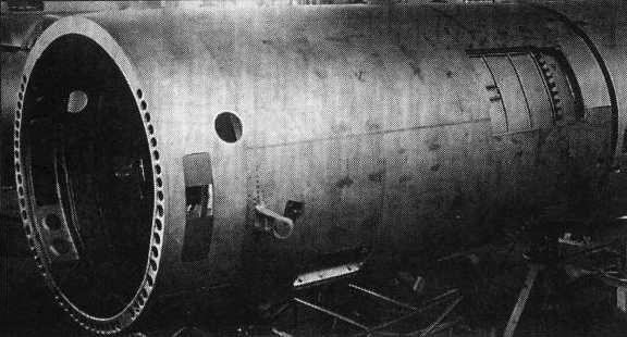 Цельносварная хвостовая часть фюзеляжа самолета Т-37